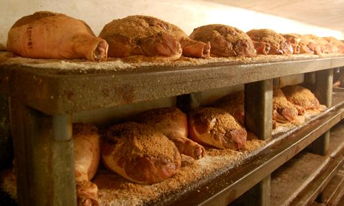 Les secrets du jambon de bayonne les blogs - Comment couper un jambon iberique ...